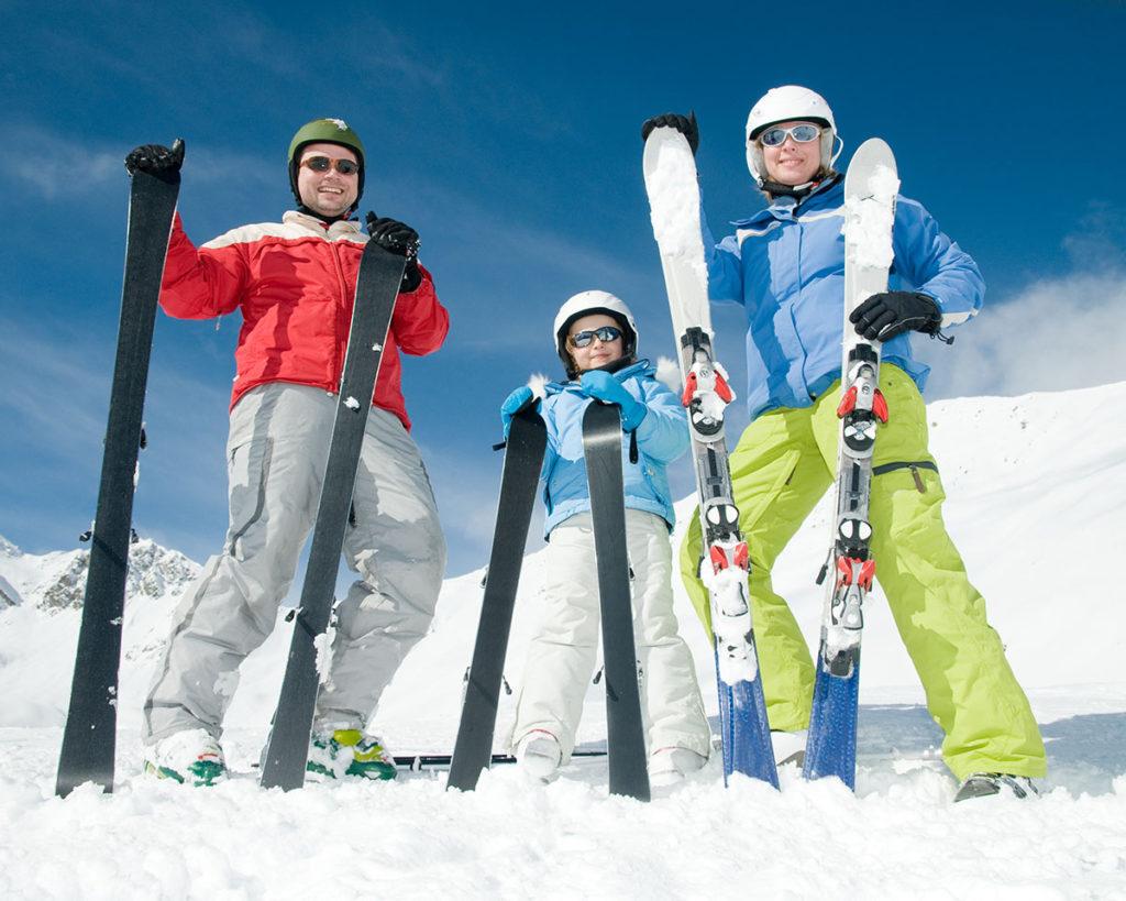 Clases, ski, esquí, La Molina, Masella, estaciones, escuela de esquí, snowboard, niños, nieve, pistas, particulares, grupos, cursillos, Classes, esqui, ski, snoeboard, la molina, masella, estació esquí, escola d'esquí, nens, neu, pistes, particulars, grups, curset